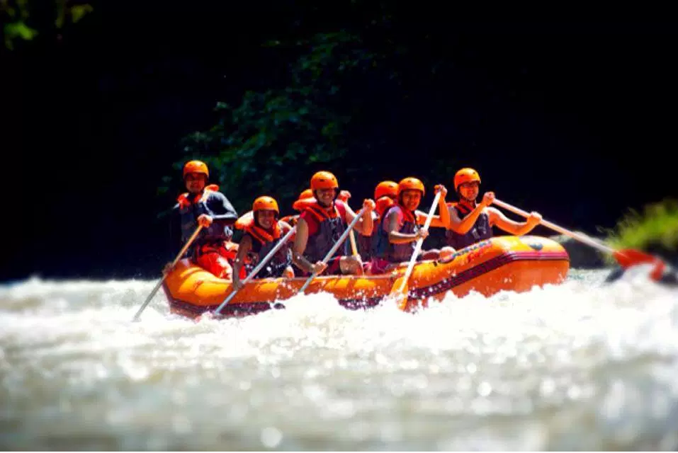 bali-white-water-rafting-ayung-river-bali-travel-experiences