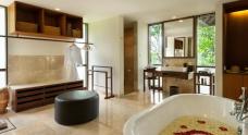 bath-room-suite-room-forest-view-komaneka-at-bisma