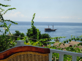 beach-view-of-baliku-dive-resort-amed-bali-travel-experiences
