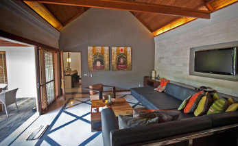 living-room-jamahal-private-resort-spa-bali-travel-experiences