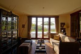 living-room-of-damai-lovina