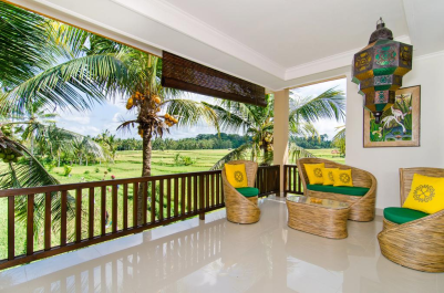 nice-balcony-with-nice-view-green-field-hotel-ubud-bali-travel-experiences