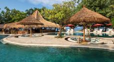 pool-area-of-taman-sari-bali-resort-spa-pemuteran-bali