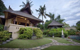 private-villa-at-amertha-bali-villas-bali-travel-experiences