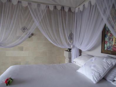 room-of-baliku-dive-resort-amed-bali-travel-experiences