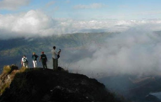 sunrise-from-the-top-of-mt-batur